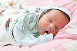 Развитие ребенка на второй неделе жизни