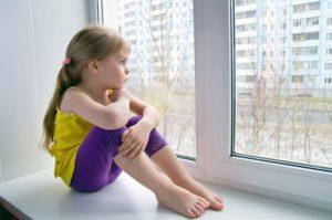 ребенок равнодушный к родителям