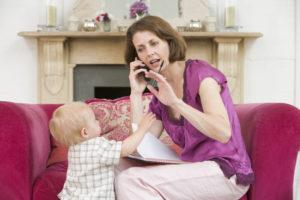 Ребенок перебивает разговор