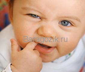 Сроки прорезывания зубов зависят от типа вскармливания