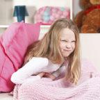 Рвота без поноса и температуры у ребенка, болит живот - что делать?