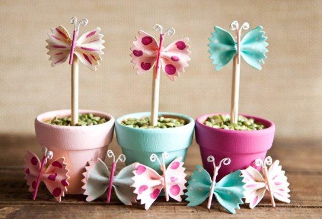 цветок из макаронных бантиков