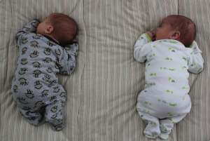 Ребенку 1 месяц 1 неделя - как развивается и растет новорожденный