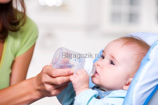 Поить водой