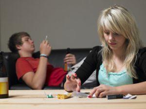как определить что подросток употребляет наркотики
