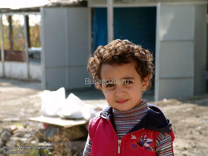 Малыш в Армении