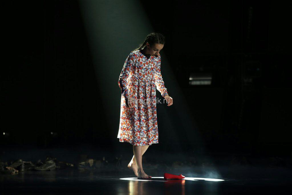 Валерия на сцене