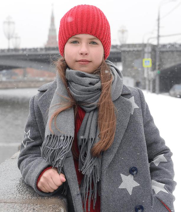Пальто со звездочками